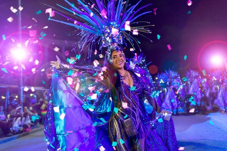 Discover Carnival in Aruba