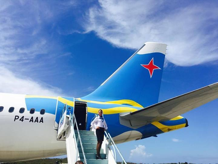 aruba-flag-graphic-on-airplane-picture-by-jessica-fenley-720