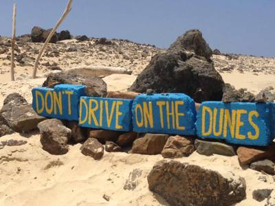 aruba-blue-blocks-project-dont-drive-on-our-beaches-dunes-visitaruba-blog-environmental-awareness-400