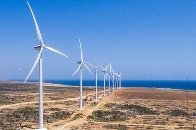 vader-piet-wind-farm-aruba-picture-by-octa-innovation-eu-visitaruba-blog-environmental-awareness-400