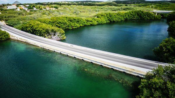 arubaanse-wegenbouw-maatschappij-photo-of-aruba-spaans-lagoen-brige-visitaruba