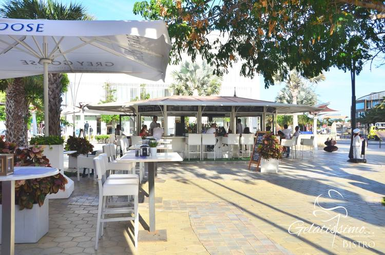 gelatissimo-bistro-bar-happy-hour-in-aruba-blog-by-megan-rojer-visitaruba