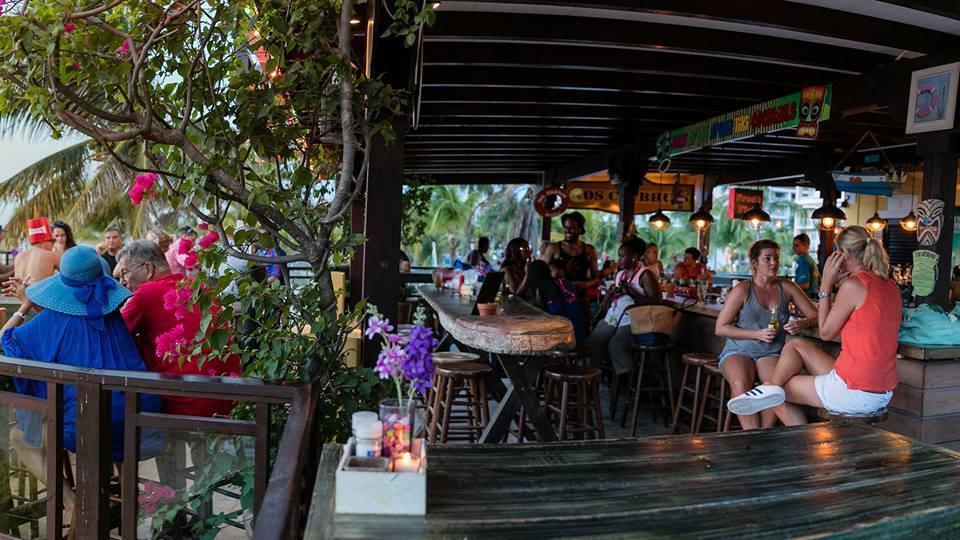 nos-clubhuis-restaurant-happy-hour-in-aruba-visitaruba-blog