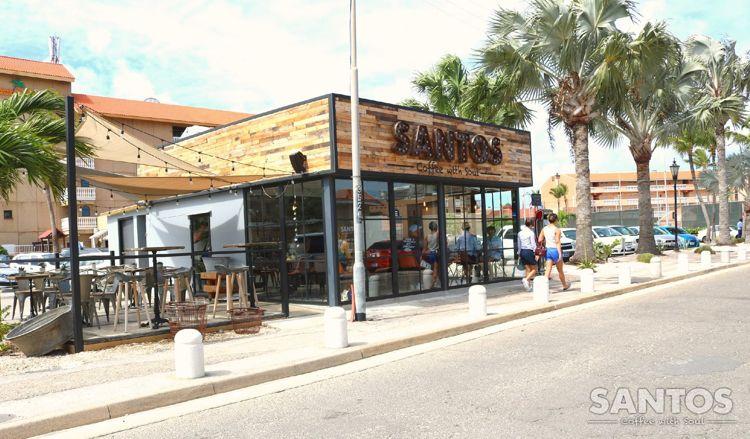 santos-coffee-with-soul-happy-hour-wines-mojitos-beer-aruba-visitaruba-blog