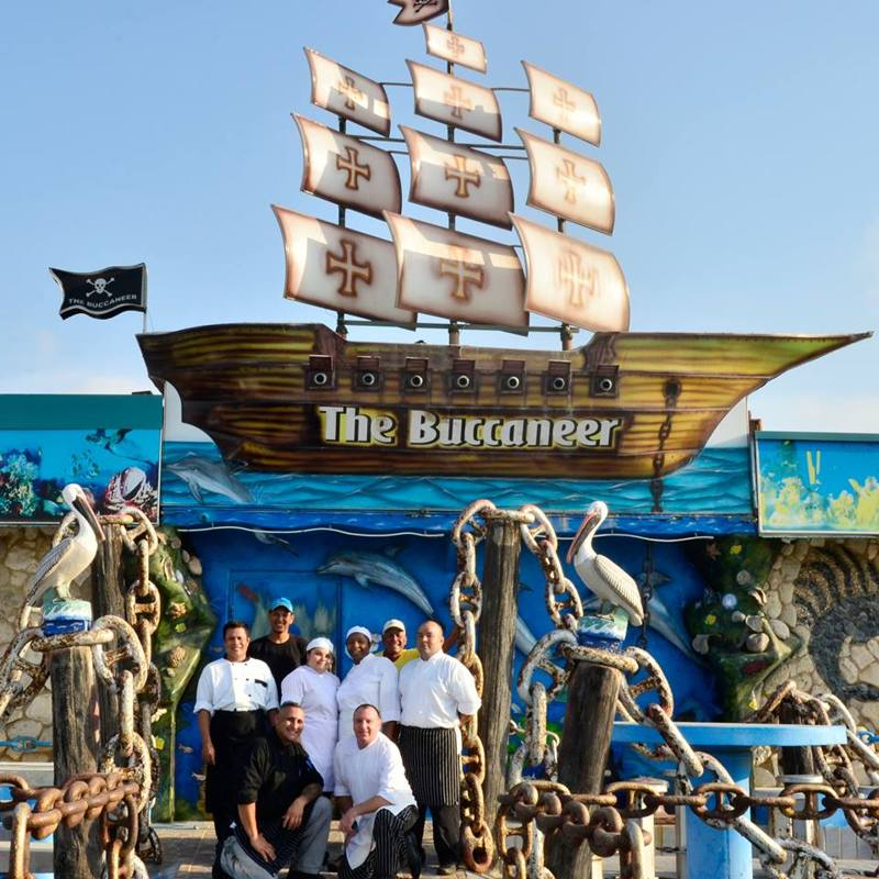 buccaneer-restaurant-aruba-aquarium-kids-friendly-dining-family-visitaruba-blog