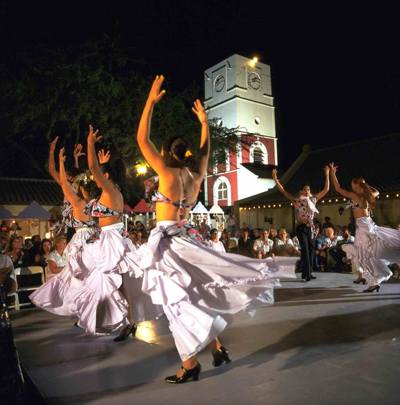 photo-of-and-by-bon-bini-festival-aruba-local-dancers-performance-visitaruba-blog