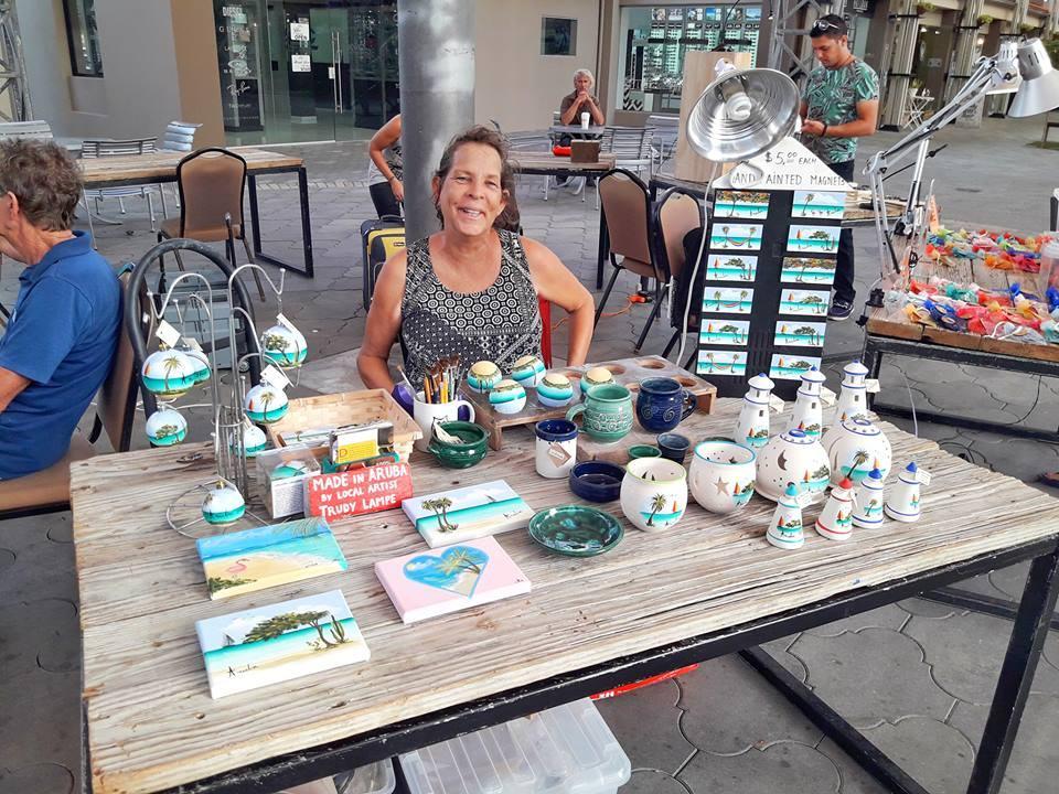 the-island-shop-with-local-artist-trudy-lampe-aruba-visitaruba
