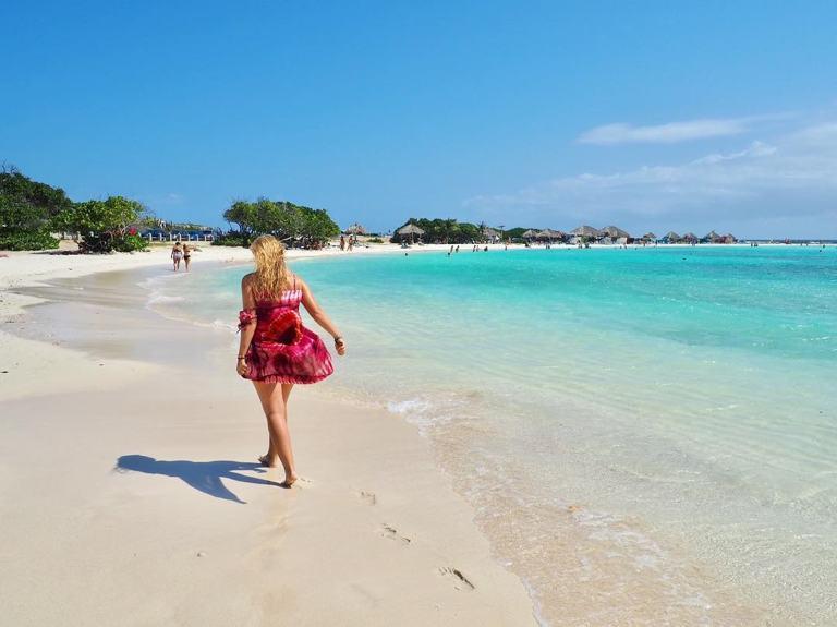 photo-by-elena_mariechen-baby-beach-aruba-visitaruba
