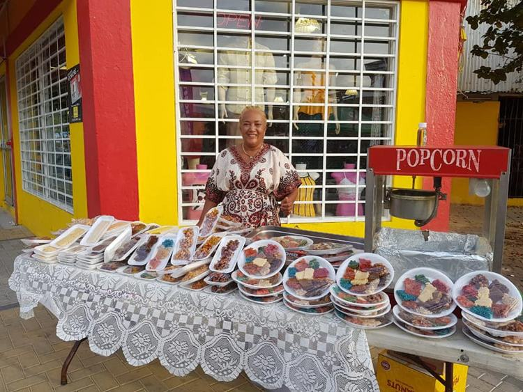 photo-by-meet-san--nicolas-aruba-aruba-aruban-selling-local-cuisine-and-baked-goods-at-fair