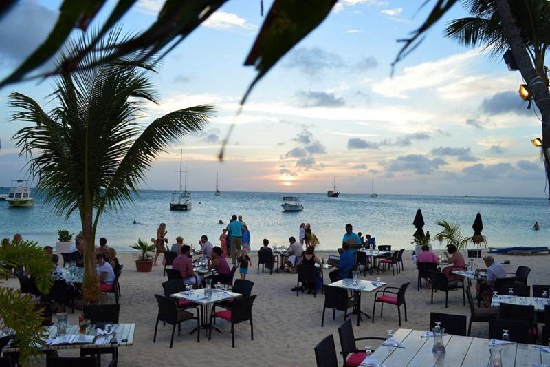 photo-by-barefoot-restaurant-aruba-
