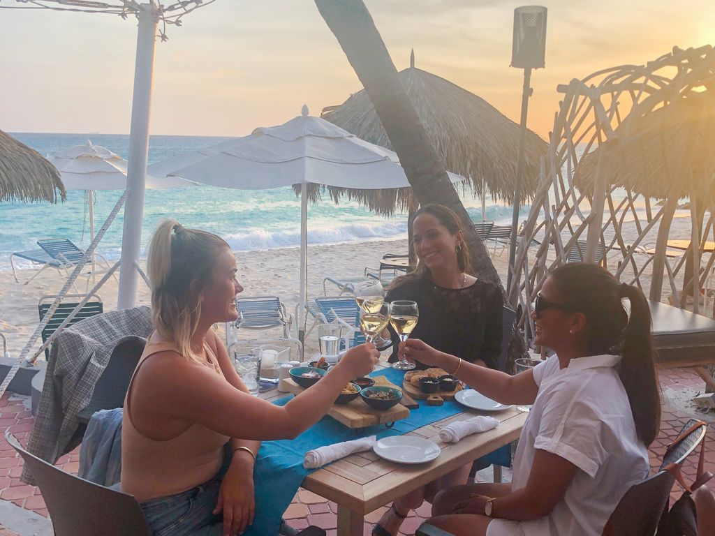 One Fine Evening of Wine, Sunsets & Tapas at Matthew's Aruba