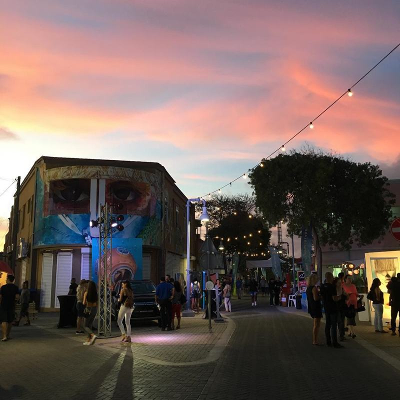 photo-by-fundacionfenicelarralde-dusk-at-aruba-art-fair-in-san-nicolas