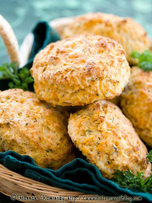 photo-of-vegan-garden-herb-biscuits-basket-recipe-by-bittersweet-blog-aruba-thanksgiving-500