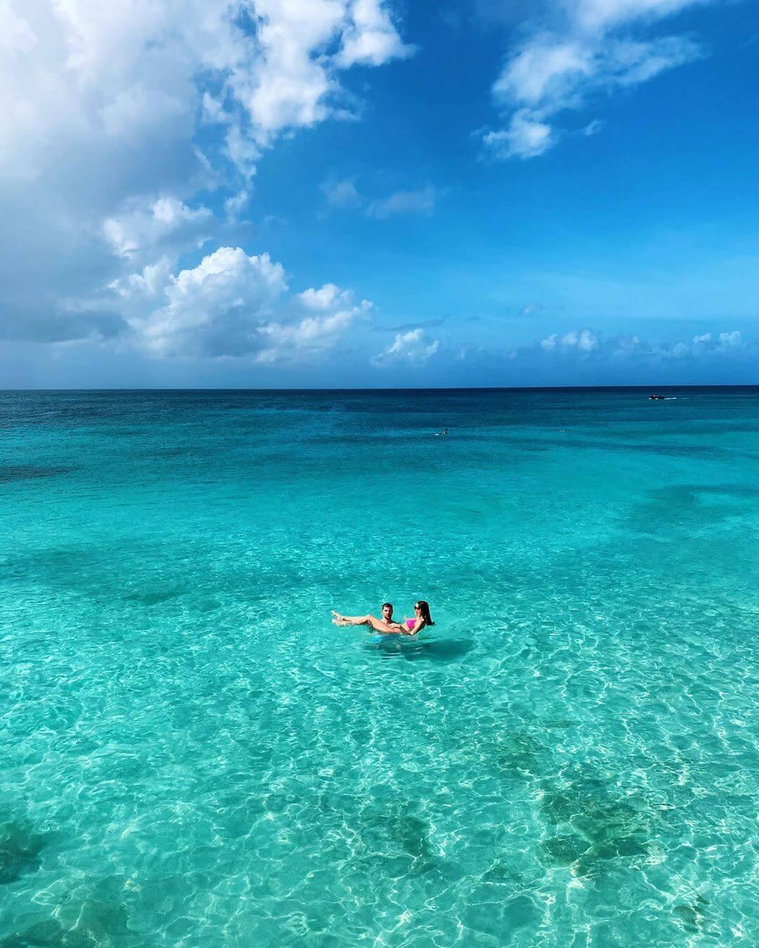 photo-by-bulosina-aka-carolina-bulos-aruba-travel-photography-caribbean-sea