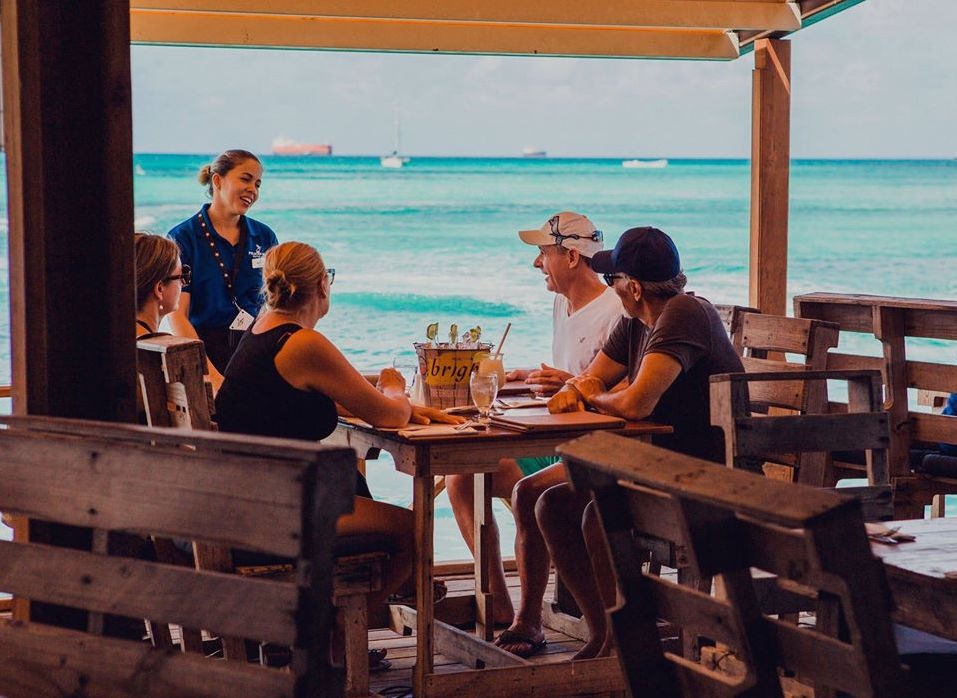 A Peek at Aruba's Mouthwatering Dining Options