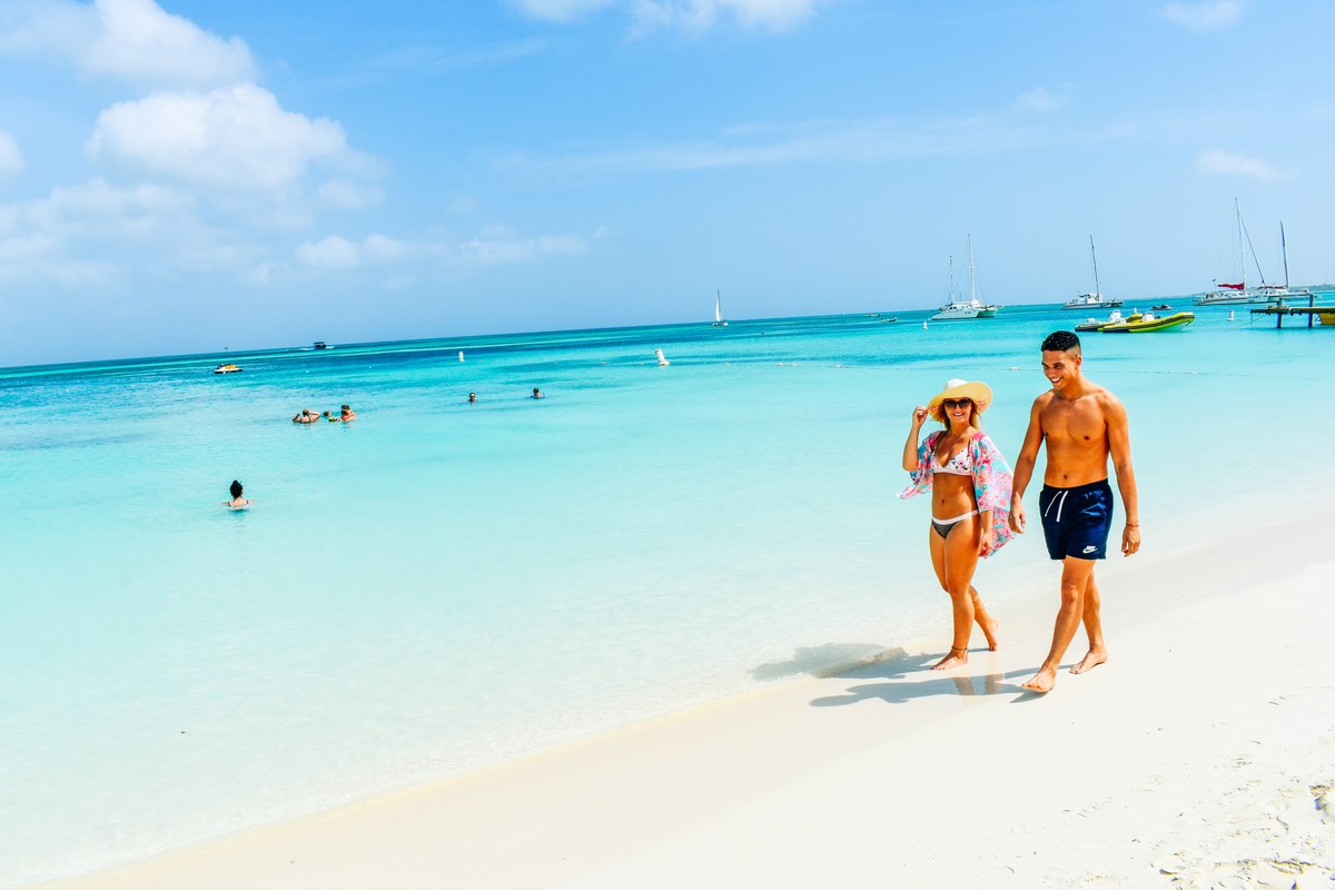 Why Now May Be the Perfect Time for Couples to Visit Aruba