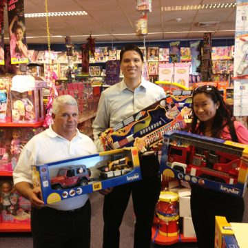 Marriott Care Foundation Donated Over 2000 Florins In Toys To Victims Of Sandy