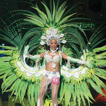 Mrs Carnival and best show 2013 Gladys Martina.jpg