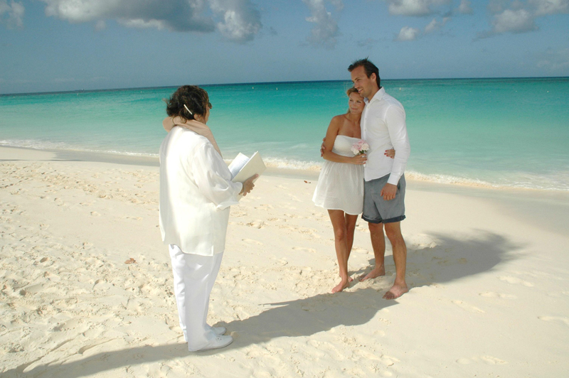 Aruba's Beautiful Beach And Spontaneity Led To Surprise Wedding At Bucuti & Tara Beach Resorts