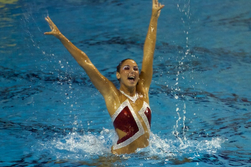 Synchronized swimmer Anouk Eman Wins GOLD at U.S. National Championships