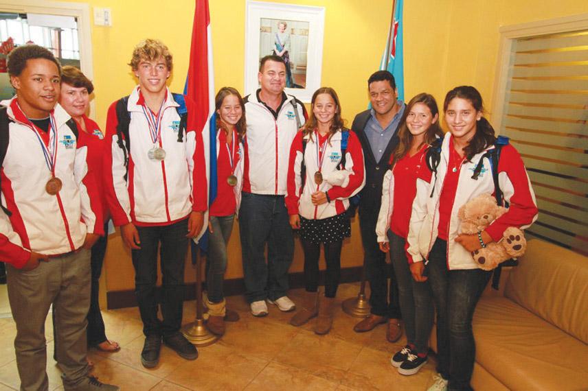 International swim competitions earns Aruba 8 medals