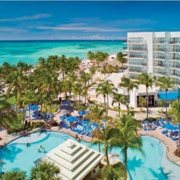 """Aruba Marriott Resort earns """"Hotel of the Year"""" award"""