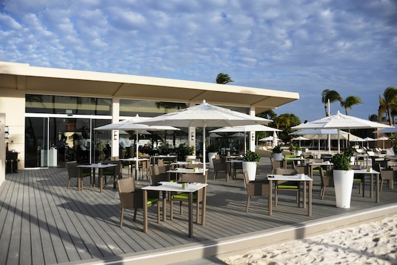 At a New Aruba Eatery, an Emphasis on the Organic