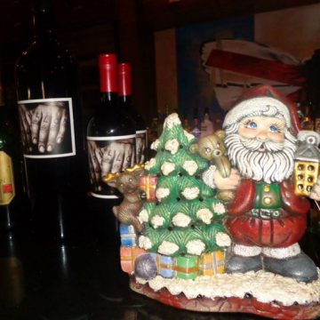 Papillon and Taste of Belgium restaurants in Aruba have decked the halls for Christmas