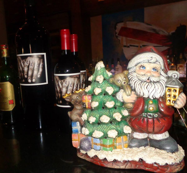 CILO, Papillon and Taste of Belgium restaurants in Aruba have decked the halls for Christmas