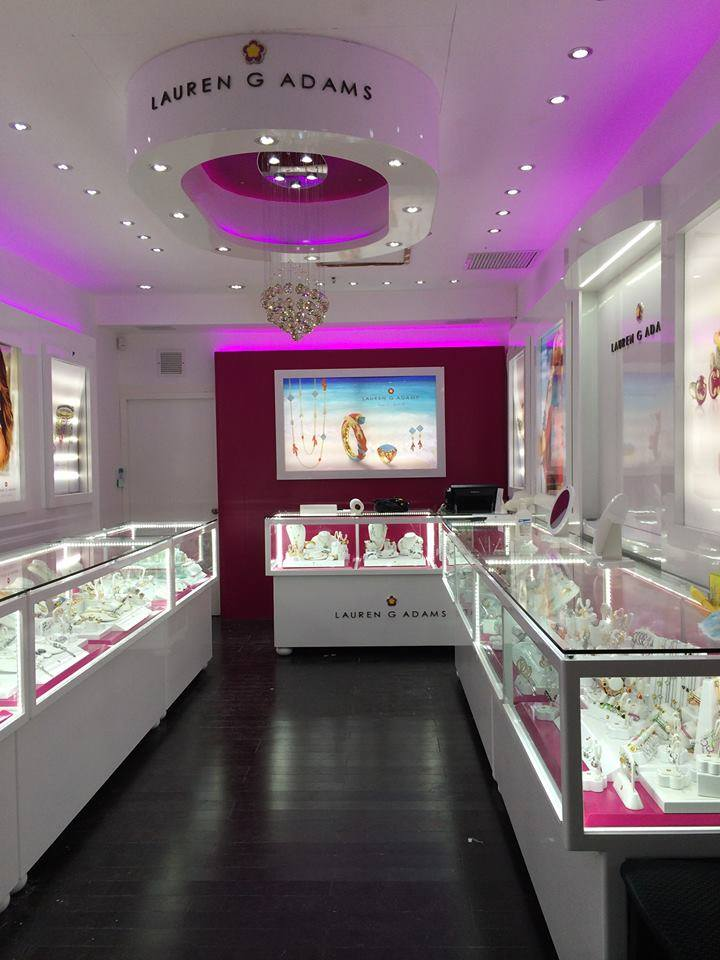 Popular jewelry line, Lauren G. Adams, opens its first signature store in the Caribbean at the Paseo Herencia Mall in Aruba