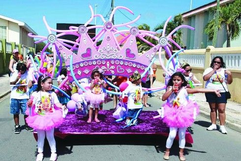 Aruba's 19th annual Balloon Parade enchanted youngsters of all ages