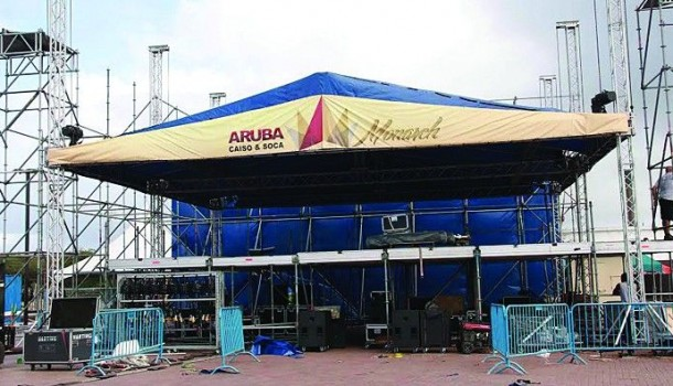Starting tomorrow: Aruba's Caiso and Soca Monarch at the new Carnival Village in San Nicolas