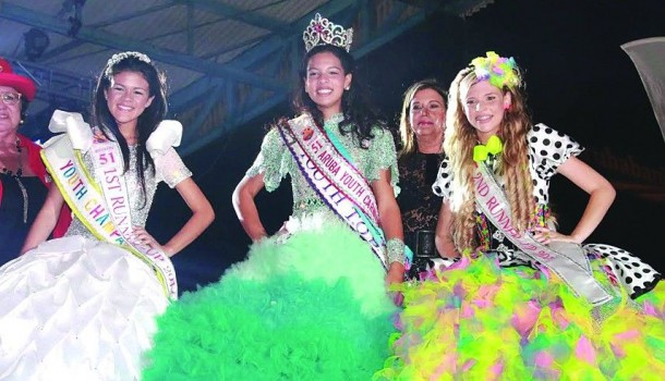 Dana Arendz crowned Aruba's 51st Youth Queen during the lively competition held at the Aruba Entertainment Center in Oranjestad