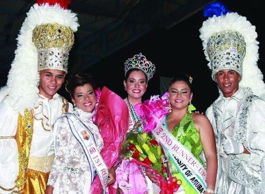 Aruba's Diamond Jubilee Carnival Queen Election sees Zuriah Flemming, of Meta Social Club, crowned its queen