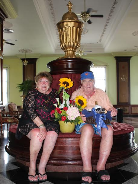 Couple visiting Aruba for over 30 times celebrated their 60th wedding anniversary on the One Happy Island