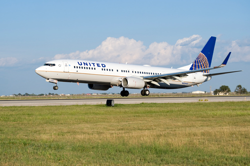 The Aruba Airport Authority very pleased to announce additional nonstop flights from Houston to Aruba later this year with United Airlines