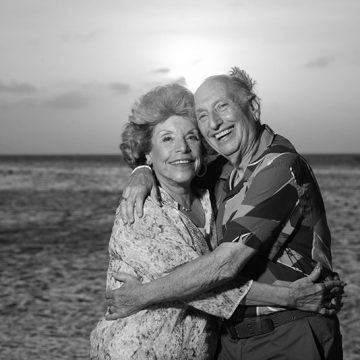 Maxine and Lee Olshan spend their golden anniversary in the company of three generations at the Marriott Aruba Surf Club