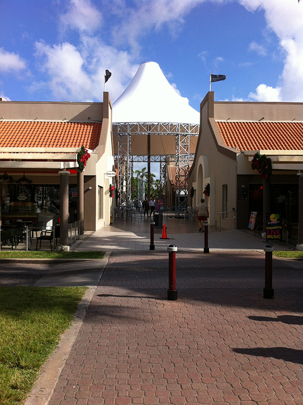Aruba Renaissance Marketplace add a new addition to mall