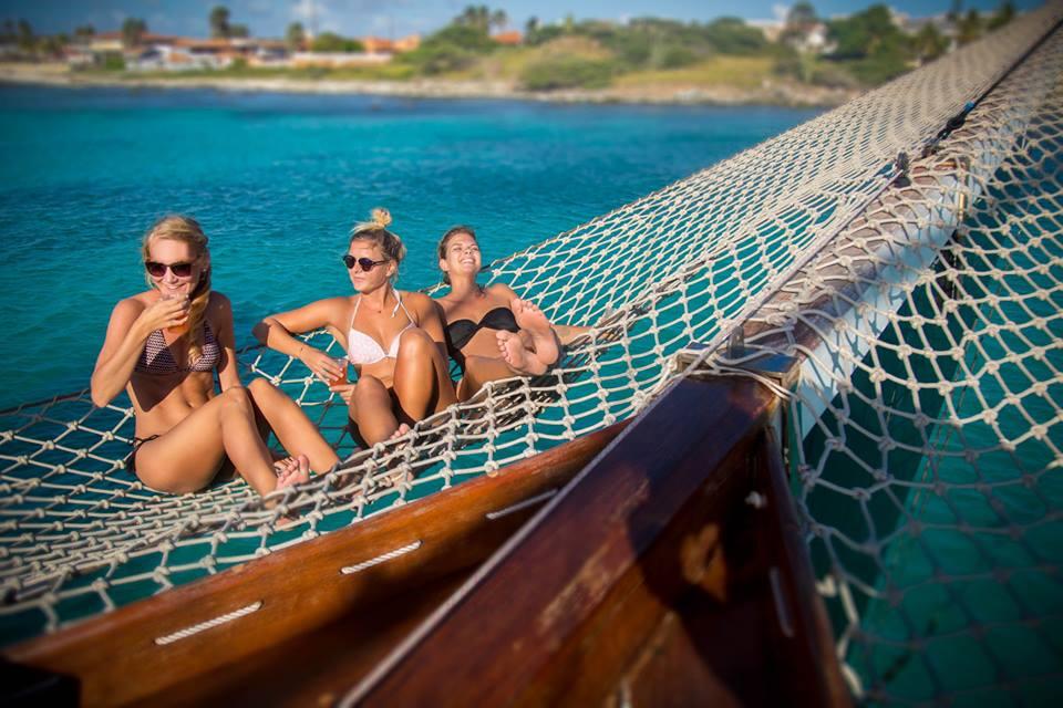 New Sails Are Up in Aruba!