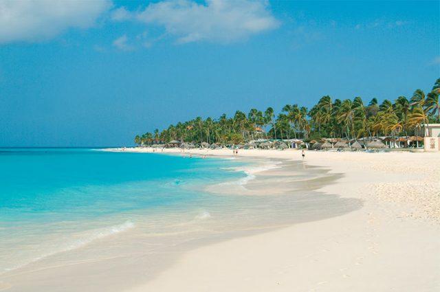 Visit aruba vacations in aruba hotels travel information beaches restaurants and more - Divi beach aruba ...
