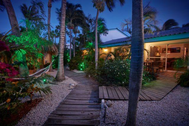 Paradera-Park-Boardwalks-Suites-at-night-Aruba-News-VisitAruba