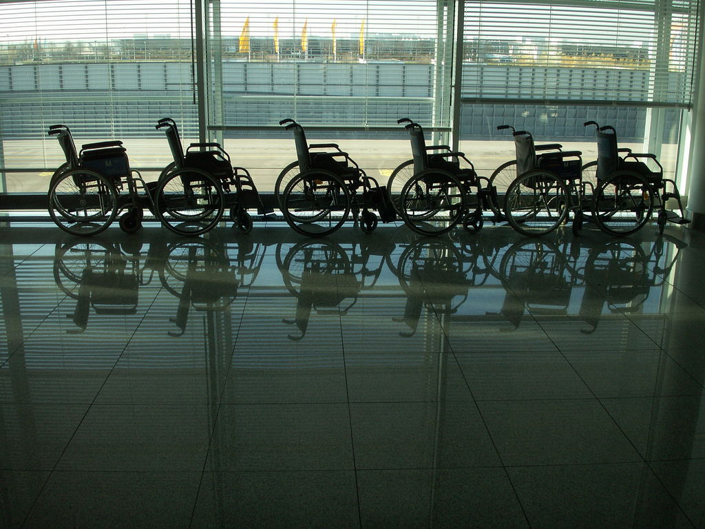 Airline Travel Tips for Disability Travelers from US to Aruba