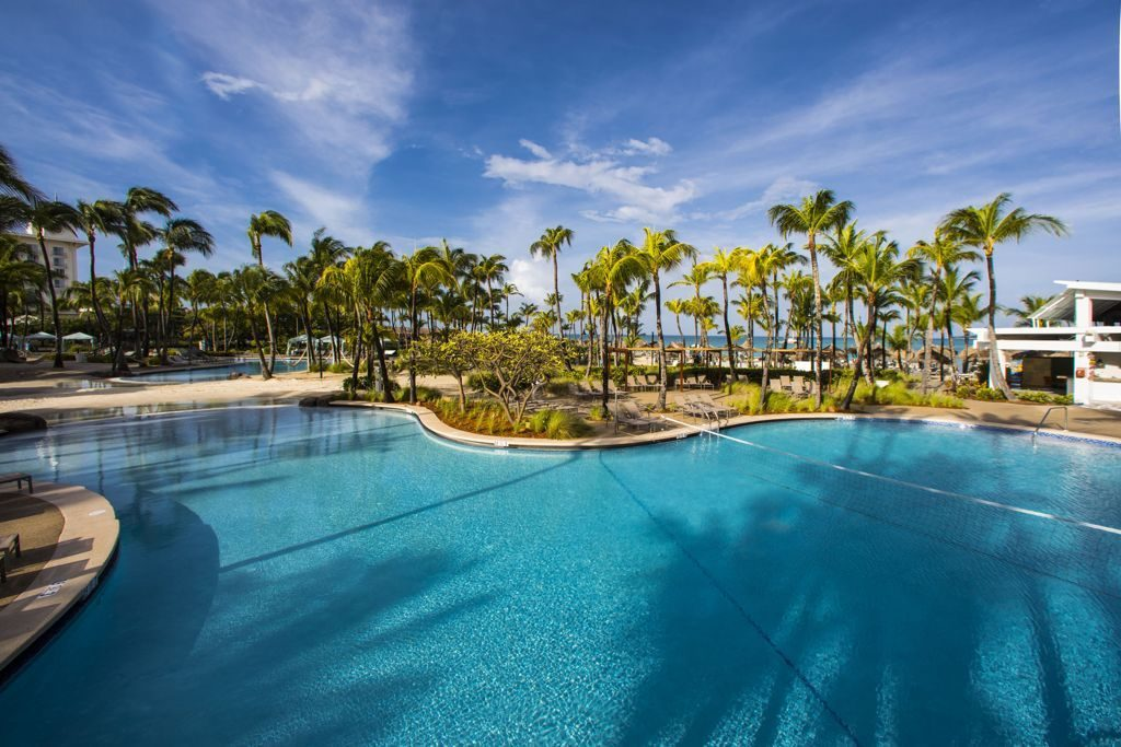 Hilton Aruba Manager of the Year Continues to Gain Praise from Team Members and Guests