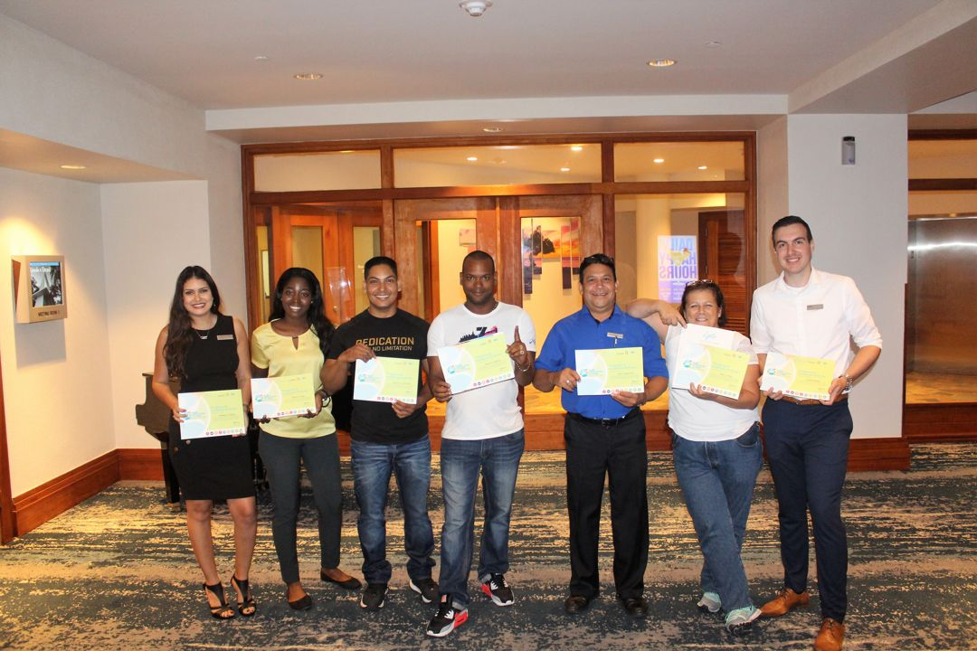 """My Promise to Aruba,"" Hilton Graduates Team Members with Zjeito"