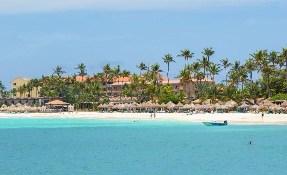 photo-by-divi-and-tamarijn-aruba-all-inclusives-druif-beach-visitaruba