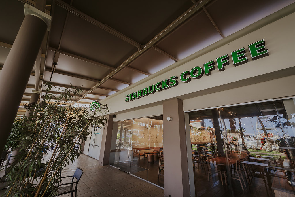 Renaissance Resort Reopens First Starbucks Location in Aruba