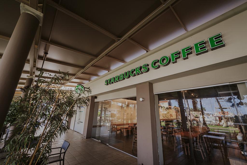 Renaissance Resort Reopens First Starbucks Location in Aruba