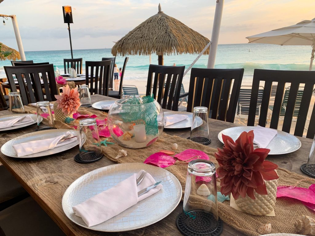 Matthew's Beachside Restaurant, The Perfect Venue for Weddings and Romance in Aruba