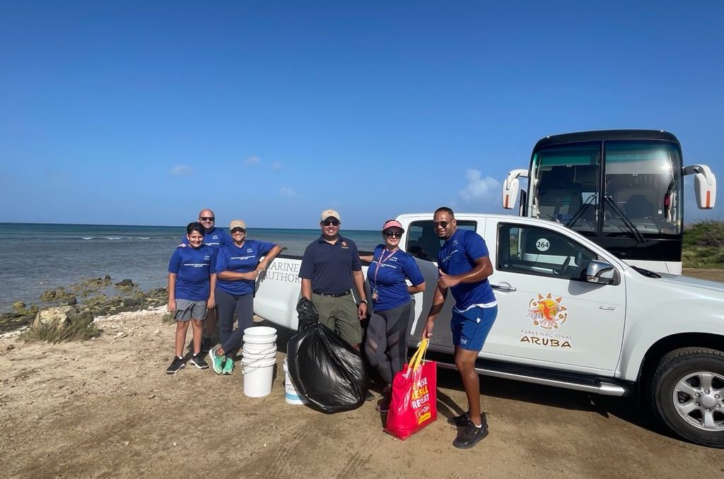 Enthusiastic Aruban Turnout for World Cleanup Day 2021