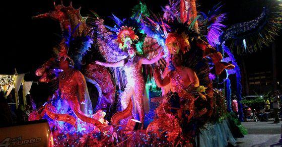carnival-aruba-lighting-parade-2018-caribbean-visitaruba-travel-visit.jpg